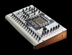 Arturia Origin Synthesizer im Test